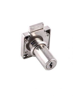 Incuietoare cu cilindru lung si 400 de combinatii de chei.
